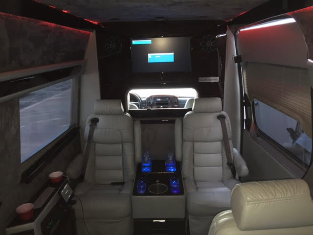 suv with largest leg room in rear seat autos post. Black Bedroom Furniture Sets. Home Design Ideas